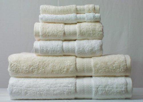 Дело доходит до выбора полотенца в